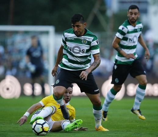 Sporting empresta Alan Ruiz ao Colón