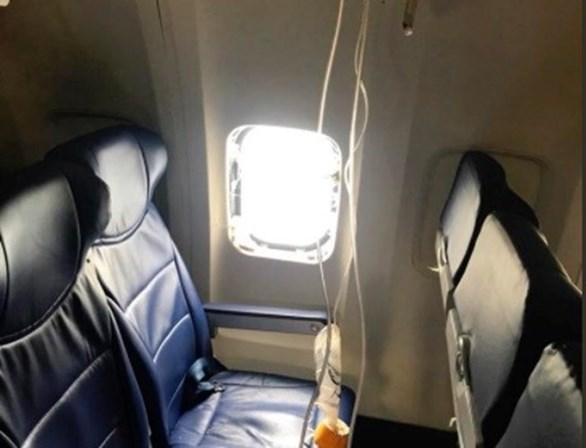 Motor destruído. Avião comercial obrigado a realizar aterragem de emergência