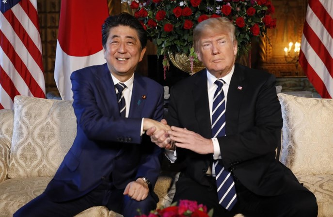 EUA e Japão começarão a negociar acordos comerciais, diz Abe
