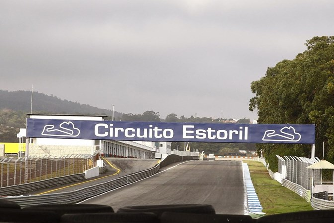 Acidente no autódromo do Estoril provoca morte de piloto português - Portugal - SÁBADO
