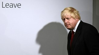 Brexit: Unionistas da Irlanda do Norte rejeitam acordo com Boris Johnson