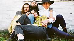 Big Thief mostram Two Hands em Lisboa e Porto